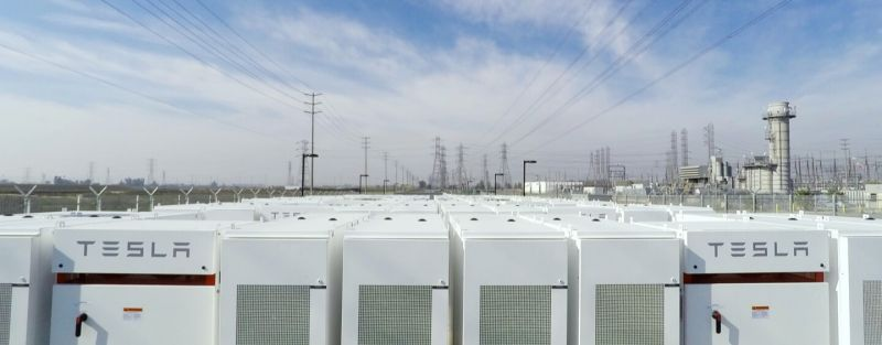 tesla-battery-farm-2
