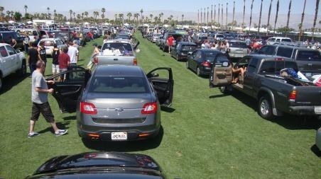 parking-lot-234263_1280